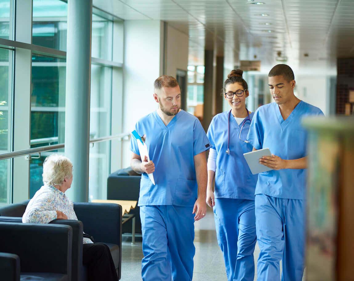 becoming an enrolled nurse career changer