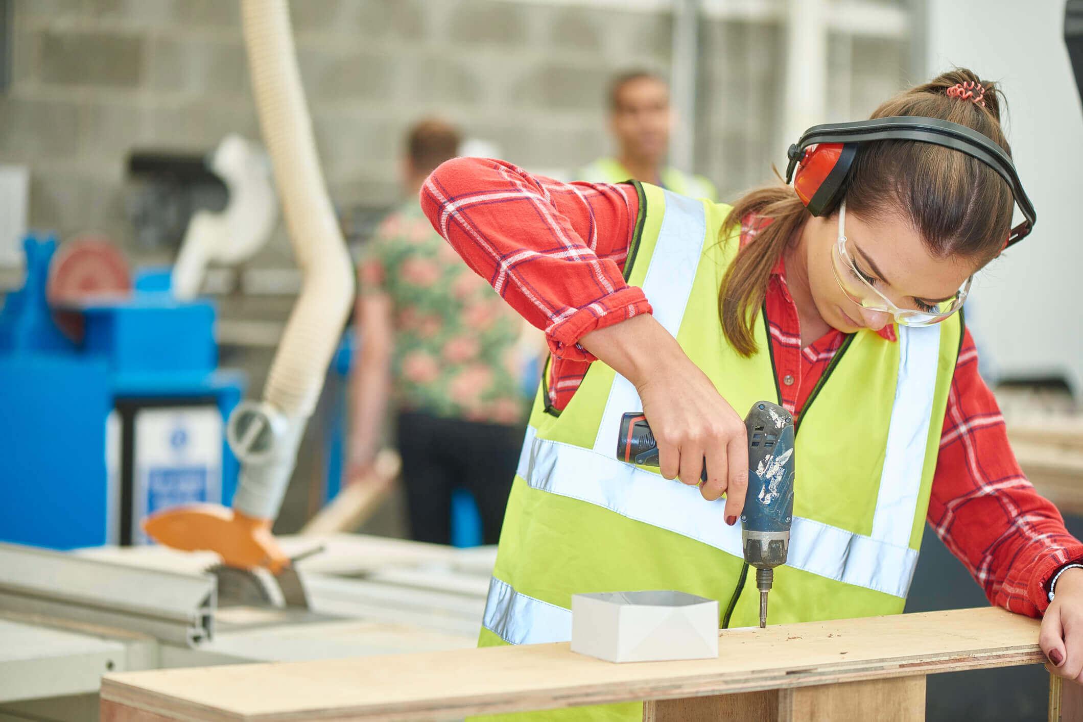 career advice, jobs, industry growth, Australia, 2022, construction