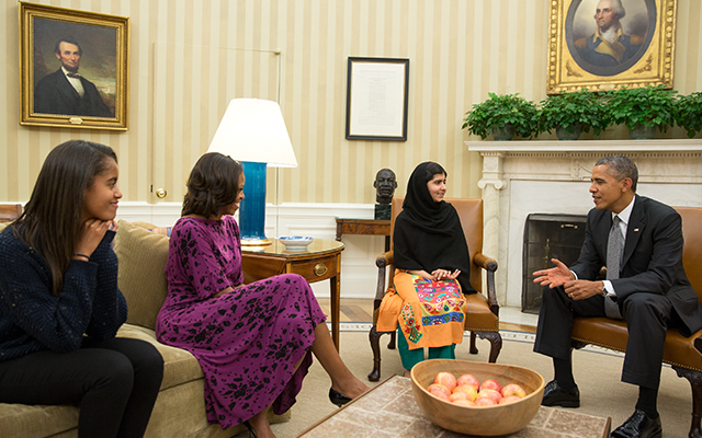 Malala Oval Office-internal