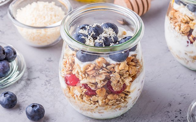 Yep, homemade oatmeal jars will never look that good