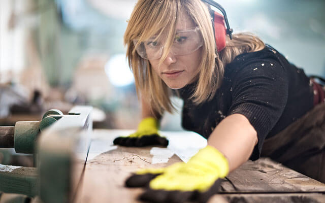 building and construction online courses for women
