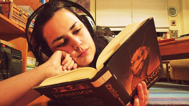 Using headphone and reading